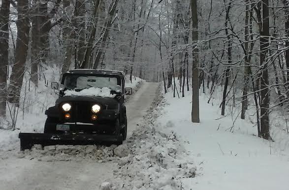 Plow_Jeep.jpg