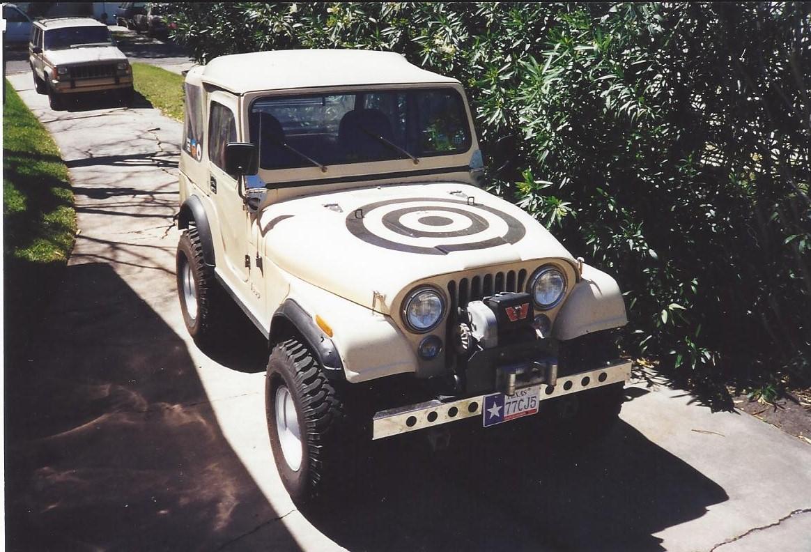 Jeep_Hood1.jpg