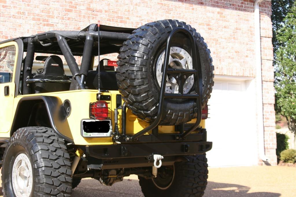 Jeep_-_Tire_Carrier_-_10-15-2010_2091.JPG