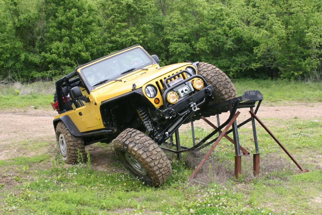 Jeep_-_Wooly_s_5-7-2011_0461.JPG