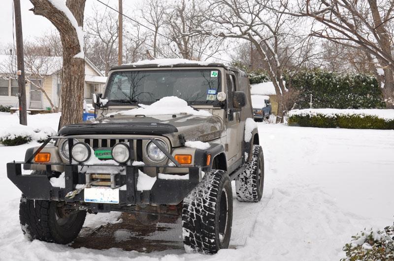Snow_Jeep3.JPG