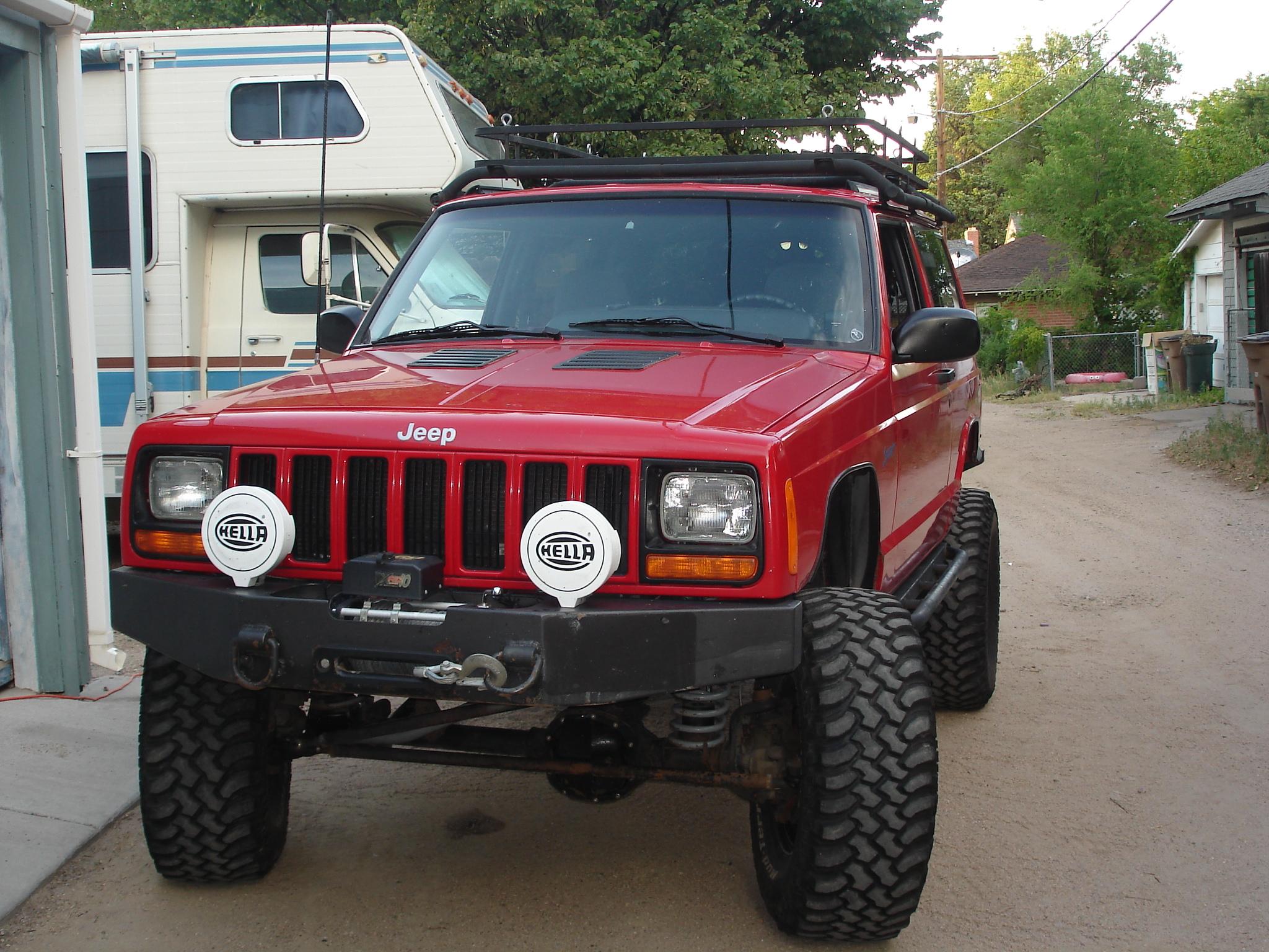 98_Jeep_Cherokee_Sport_001