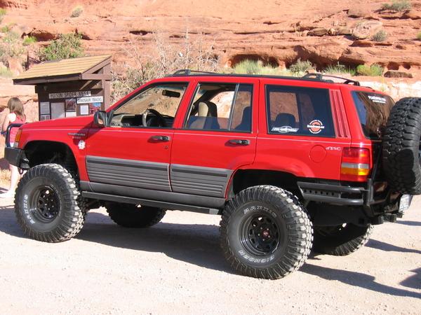red jeep grand cherokee with black wheels - jeepforum