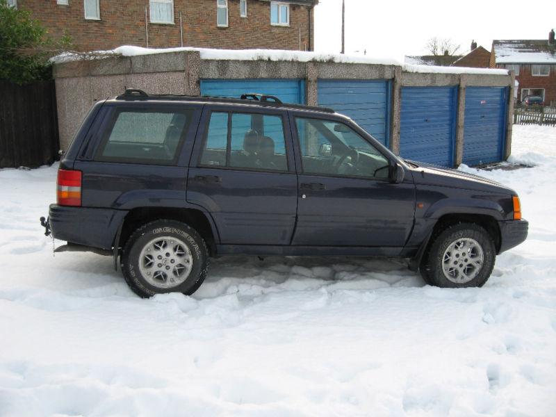 jeep2342.jpg