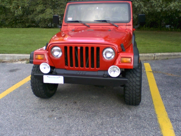 jeepfront_478089.JPG