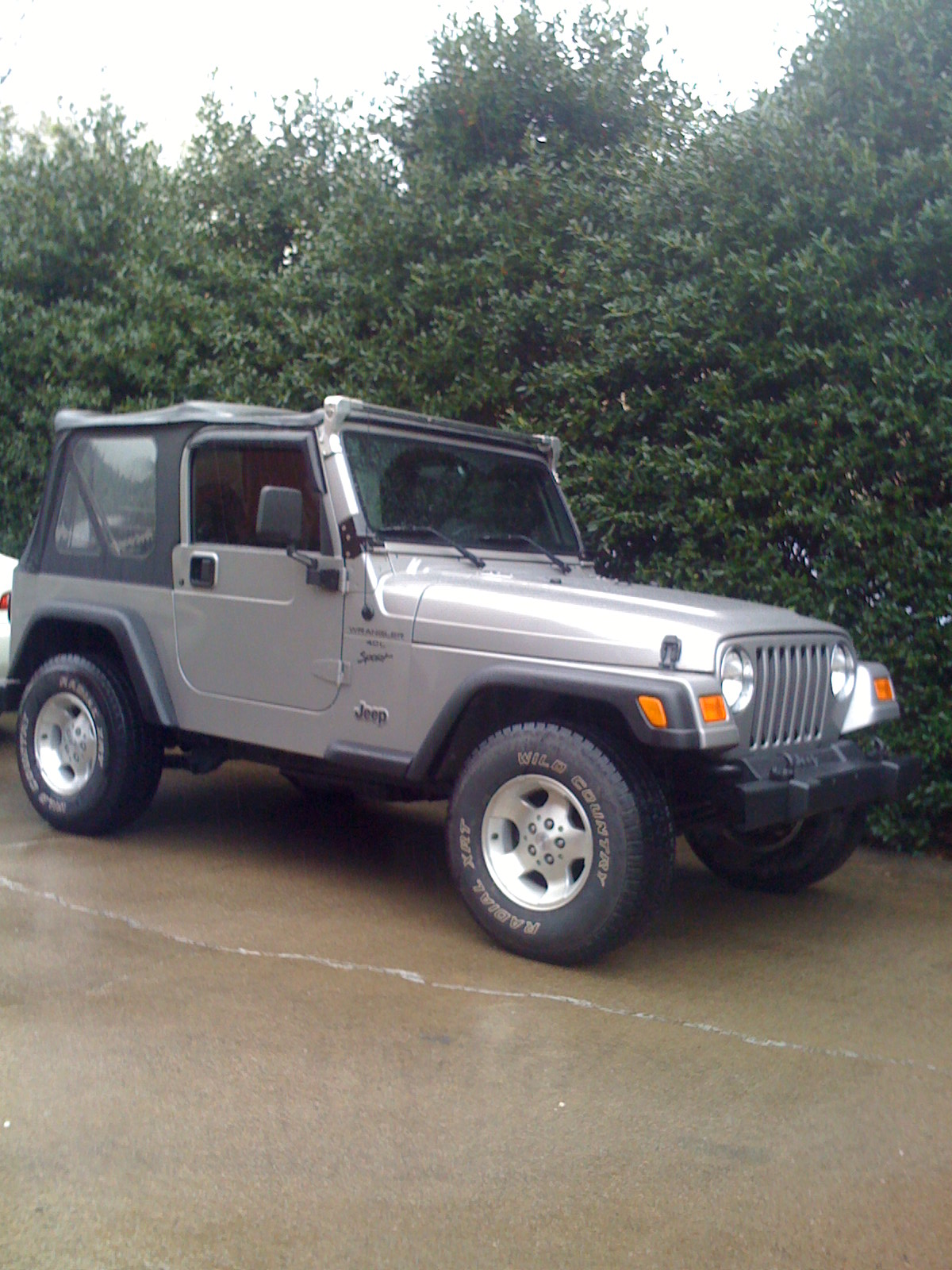 Jeep_001.jpg