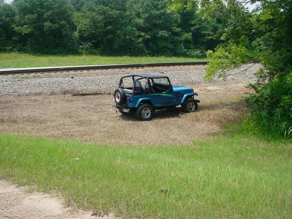 279541B-Jeep.JPG