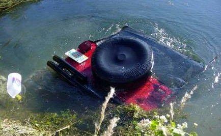 jeep_sank.jpg