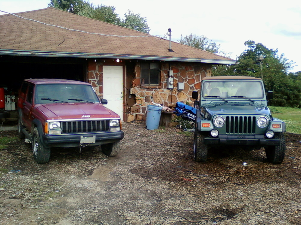 jeeps_.jpg
