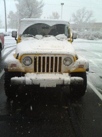 snow_jeep.jpg