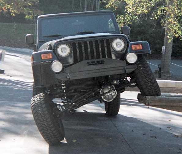 63704_Jeep04