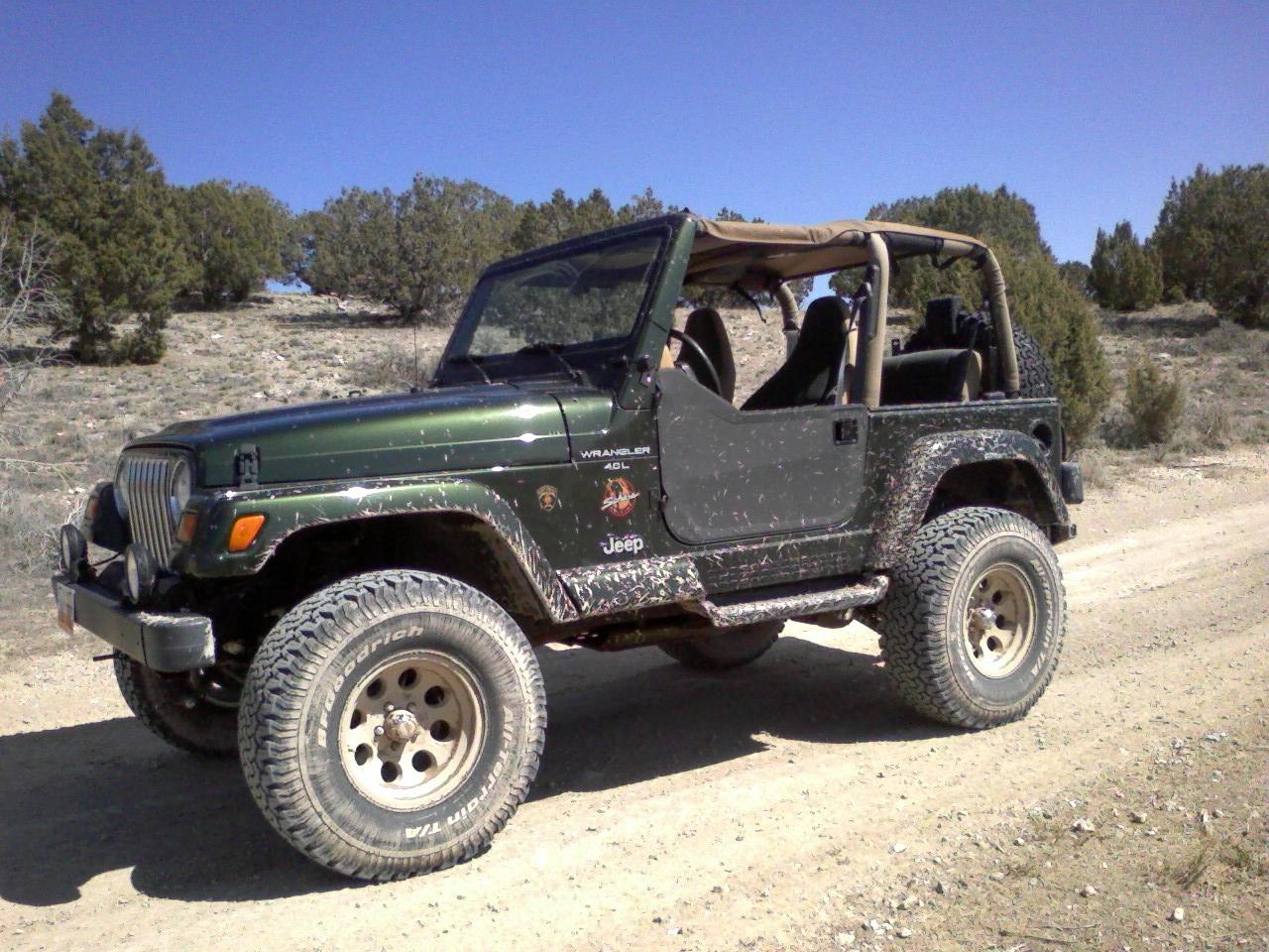 jeep_5_mile_bikini.jpg