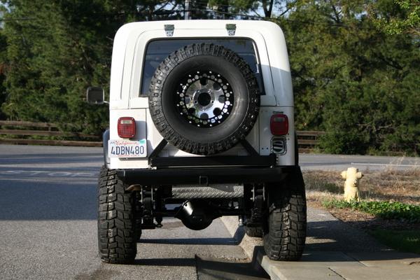 Jeep_Rear_042007.JPG