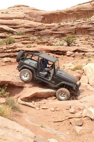 Moab2006_Cliffhanger6.JPG