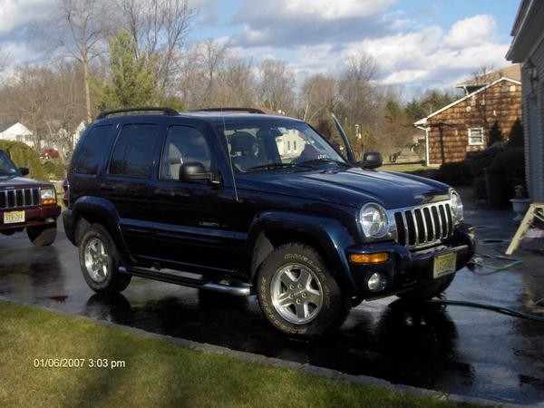 JeepCherokeewithSilverstarHeadlights005.jpg
