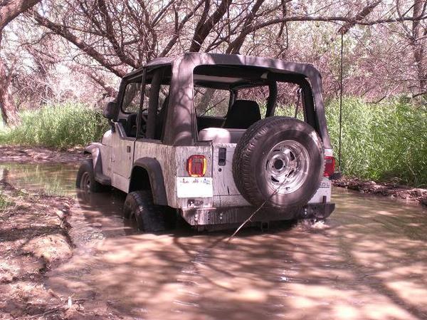 121621_jeep1.jpg