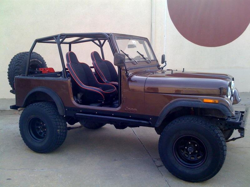 Jeep884.jpg