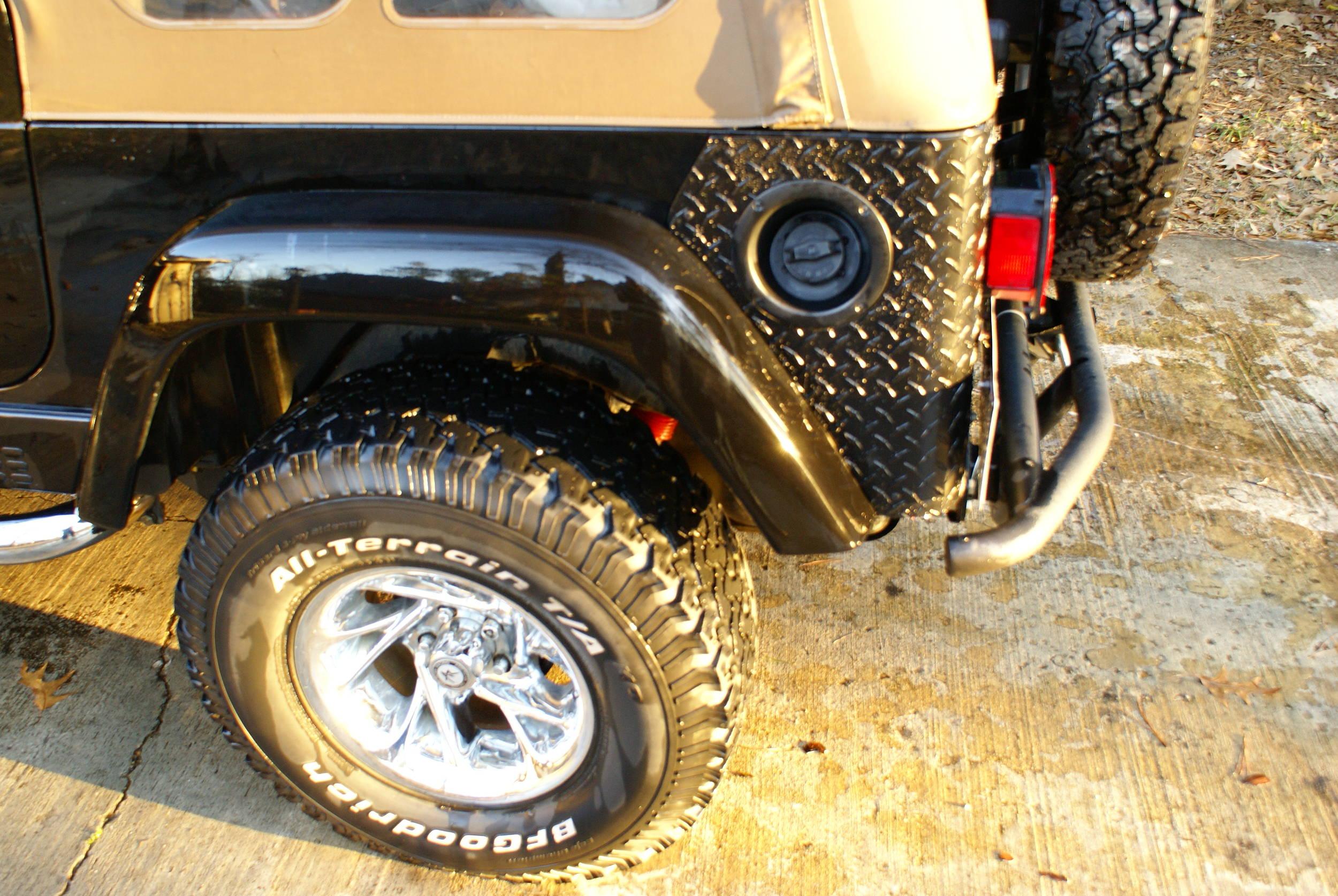 2008-02-05_Rear_Corner_Installs_002.jpg