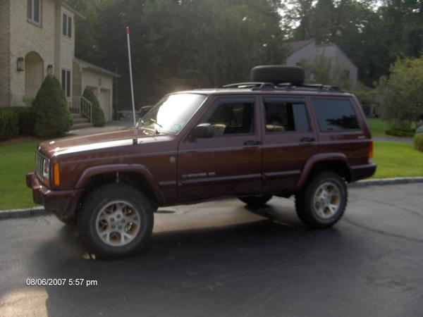 JeepXJLift001.jpg
