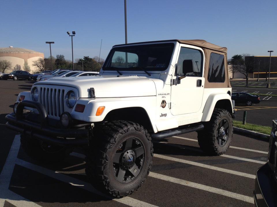 Jeep1029.jpg