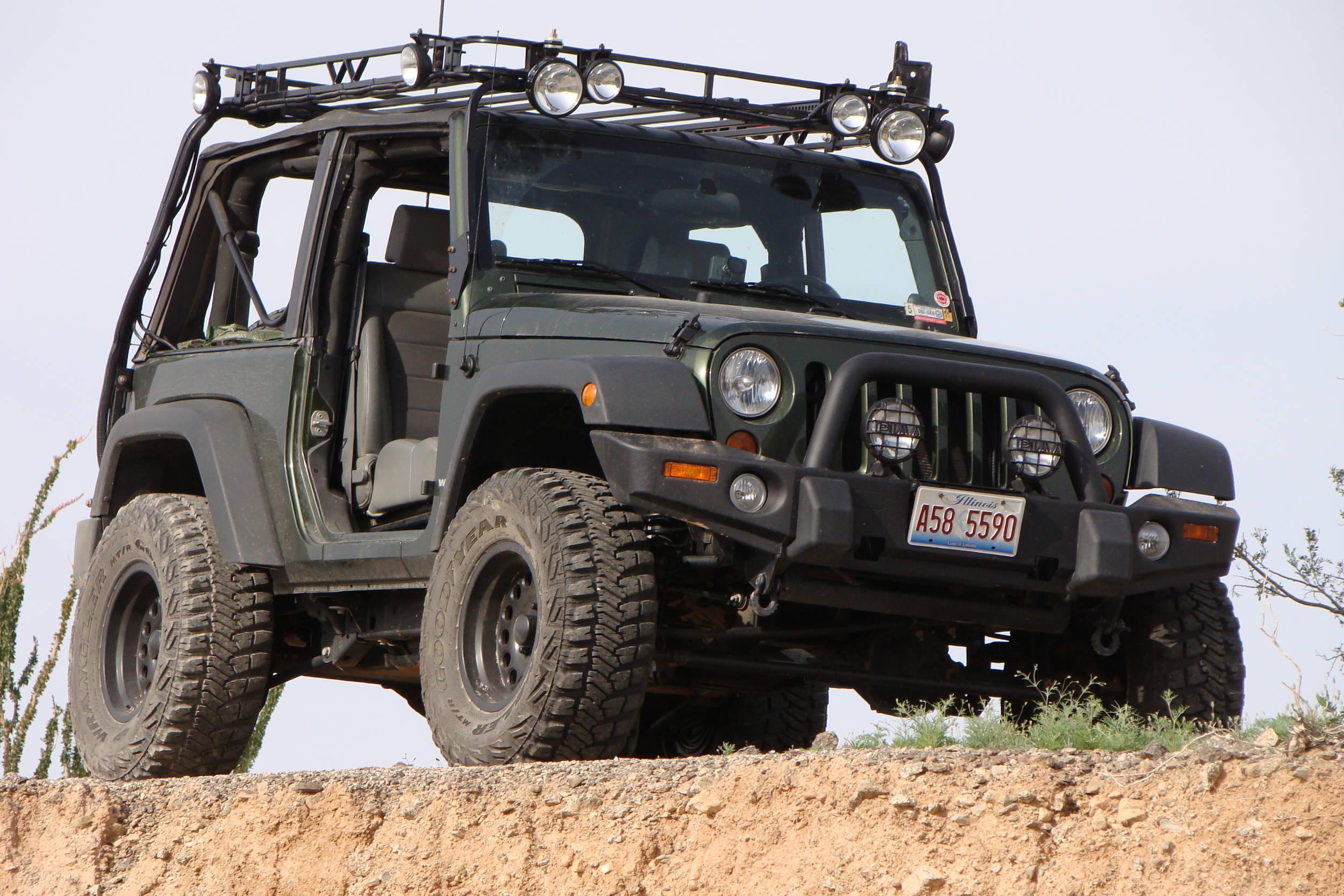 ecto_jeep_cliff.JPG