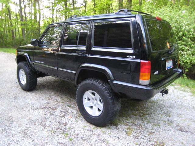 2000_xj_jeep_003.jpg