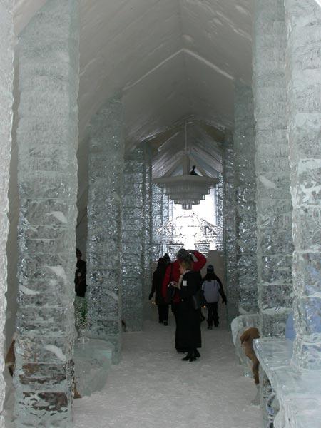 Ice-hotel-019.jpg