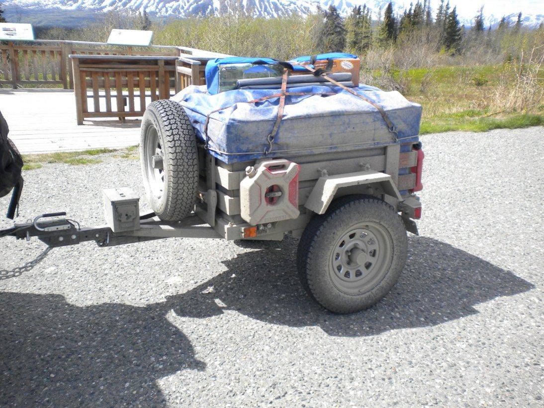 trailer_dirty_in_Alaska.jpg