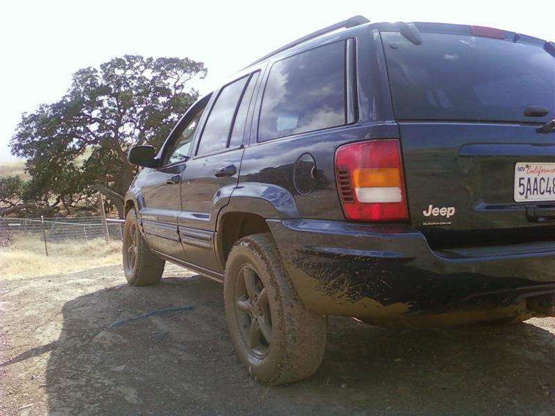 Jeep_002_Medium_