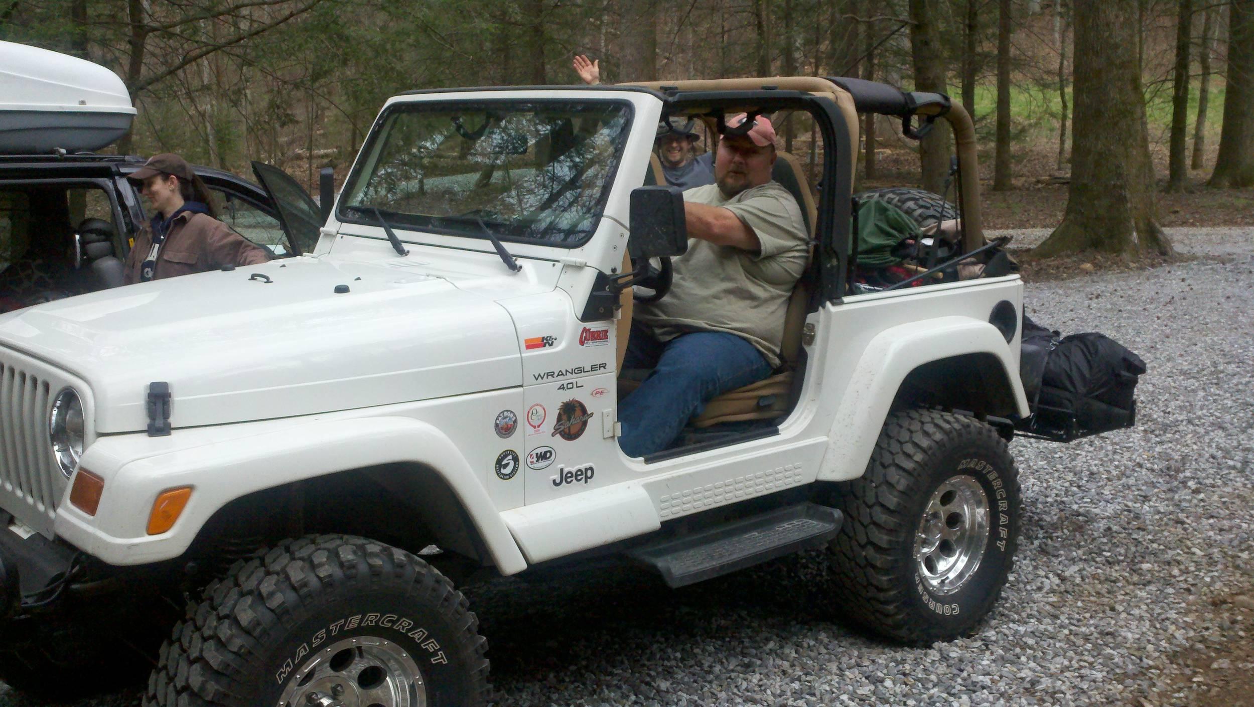 jeep_camping2.jpg