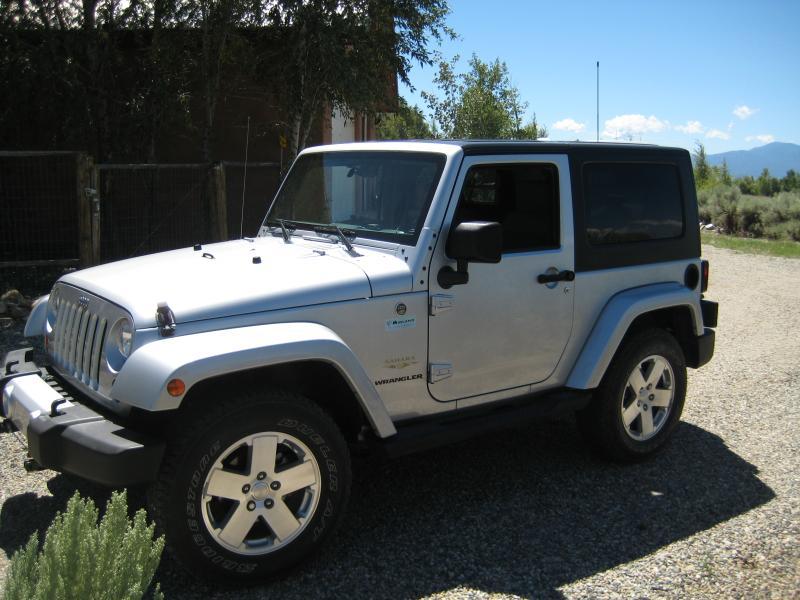 Sahara_Jeep_3_.JPG