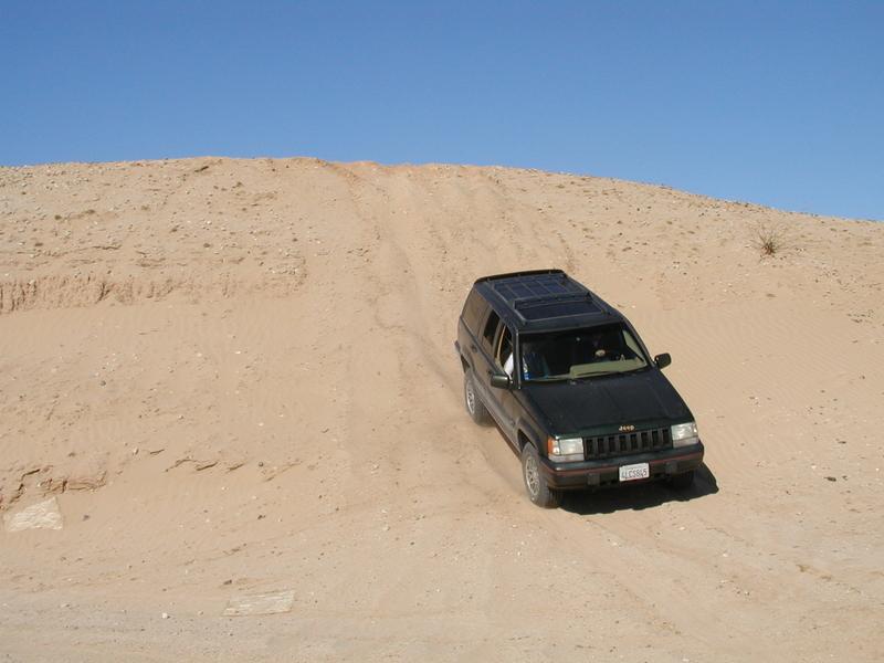 122087_jeep2.JPG