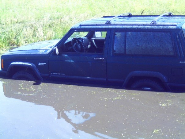 my_wet_jeep.jpg