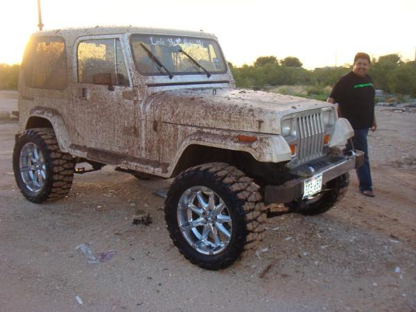 jeep810.jpg