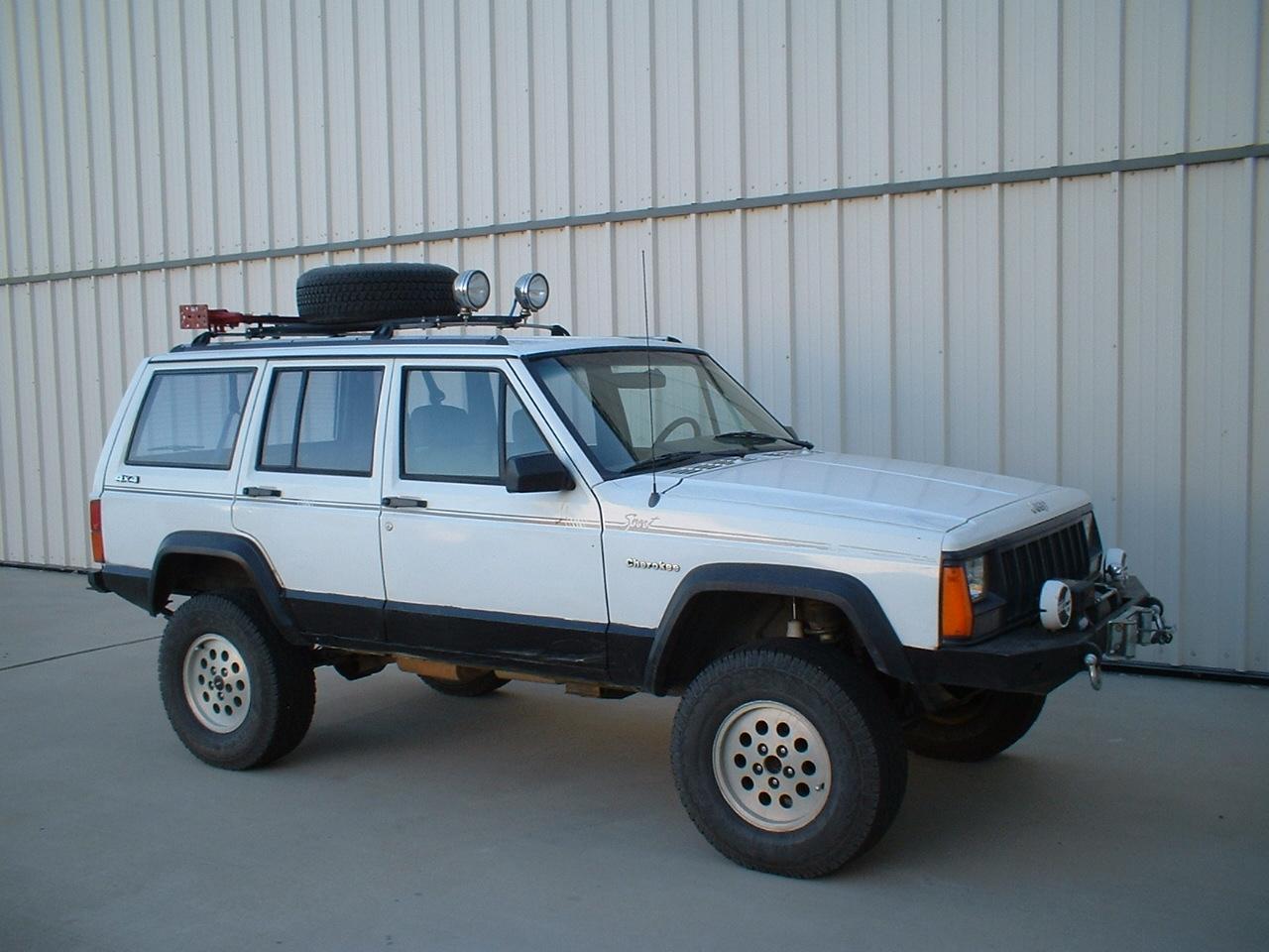 Desert_Jeep.JPG