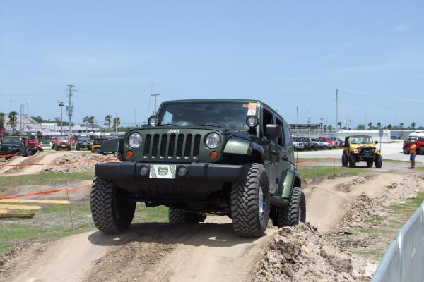 jeep_beach_129.jpg