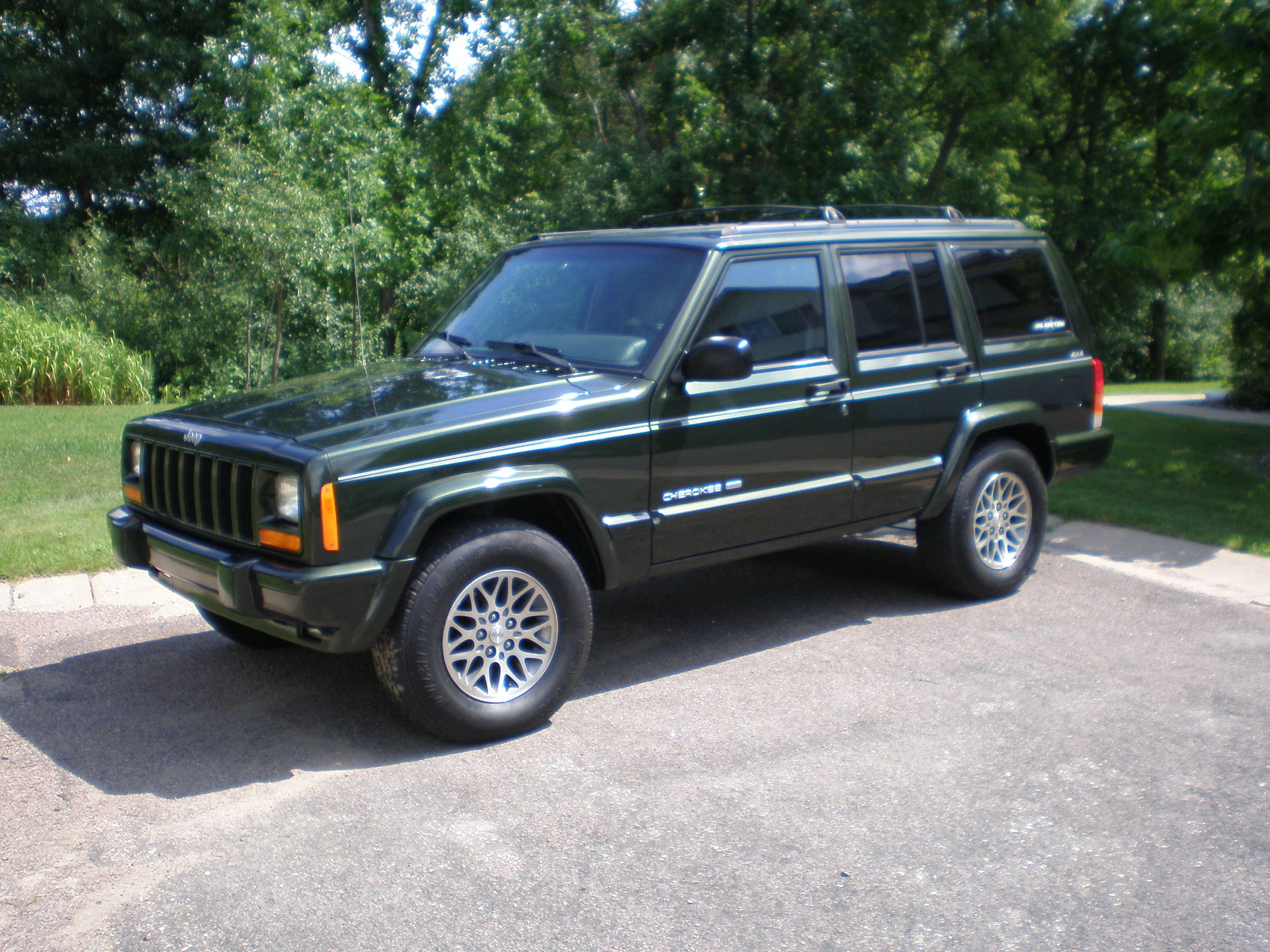 98_XJ_Jeep_Cherokee_023
