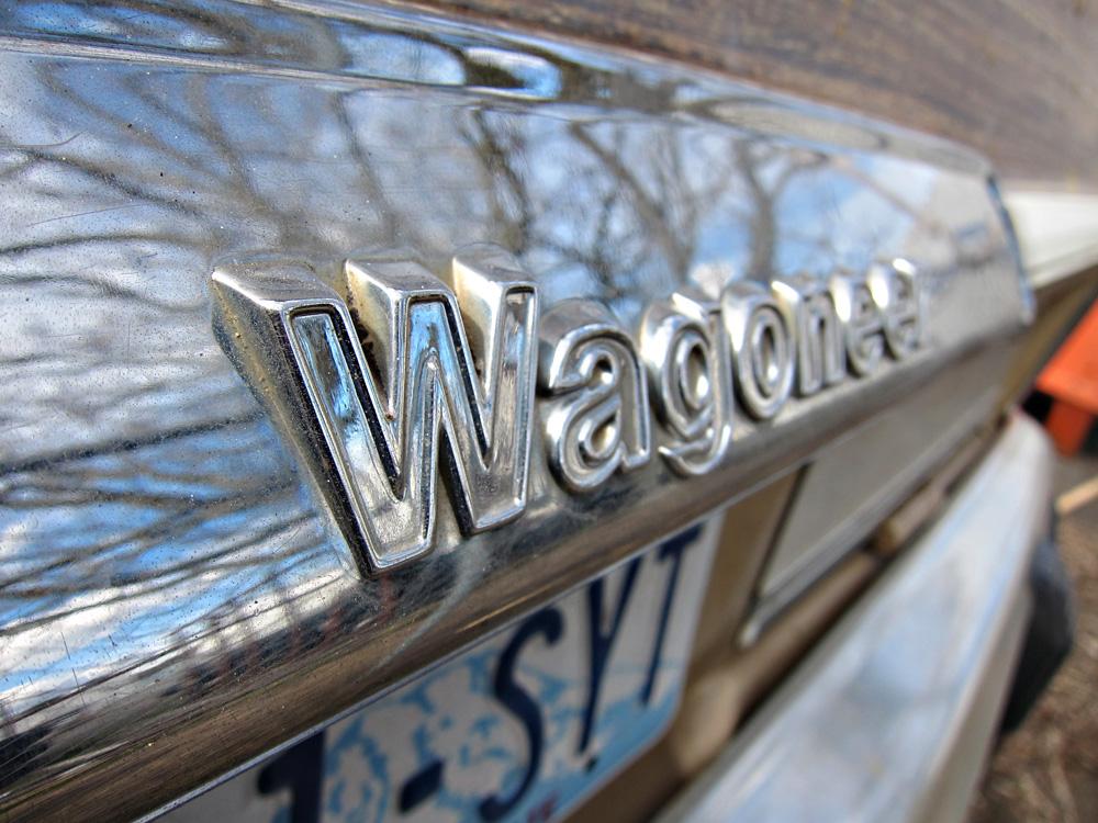 1984 Jeep Grand Wagoneer Emblem