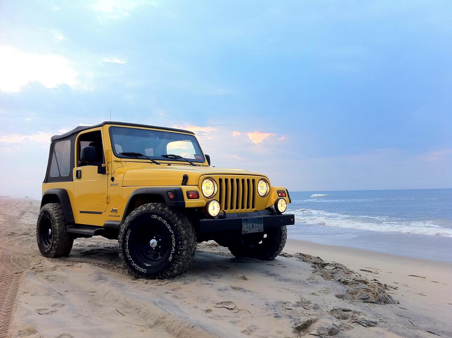 Jeep_Beach3.jpg