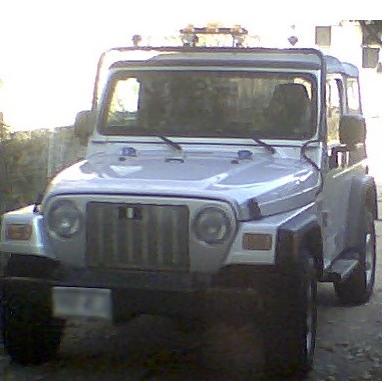 002_Silver_in_drive_111908.JPG