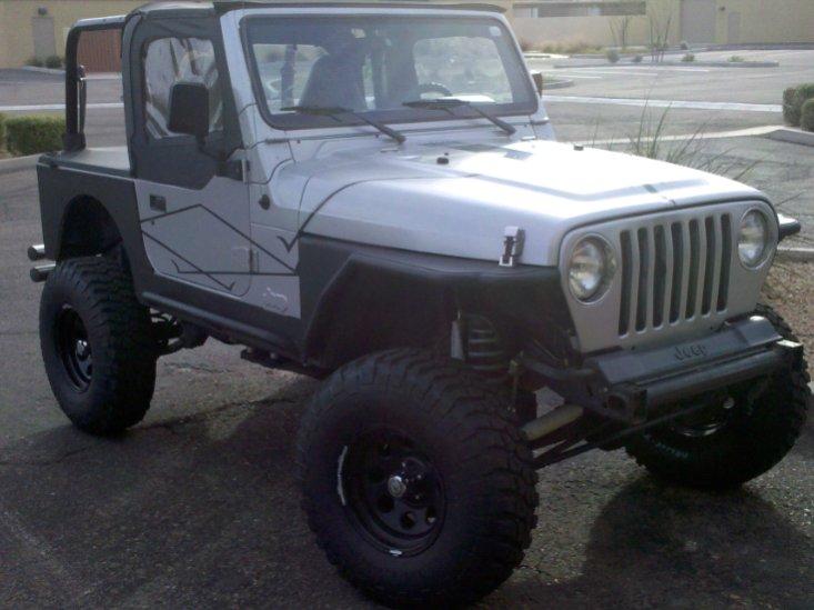 jeepsmall001.jpg