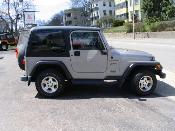 jeep695.jpg