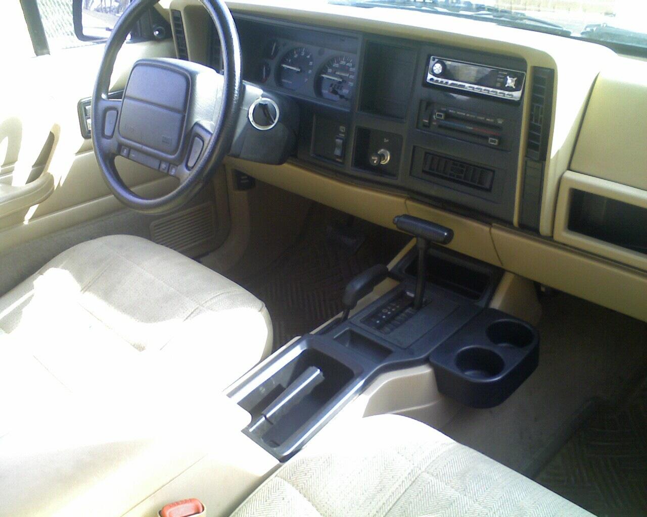 stock, interior, xj, cherokee