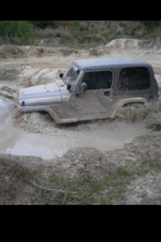 jeepwater.jpeg